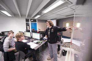 Bedrijfsschool Modderkolk bol opleiding technische studenten