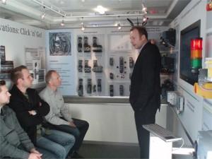 Siemens demobus op bezoek bij Modderkolk